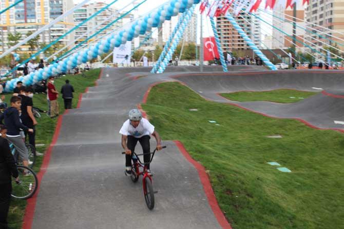 selcuklu-bisiklet-kaykay-7.jpg