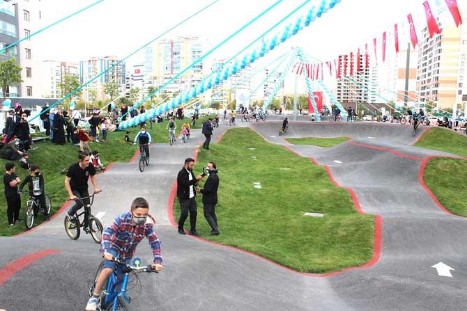 selcuklu-bisiklet-kaykay-9.jpg