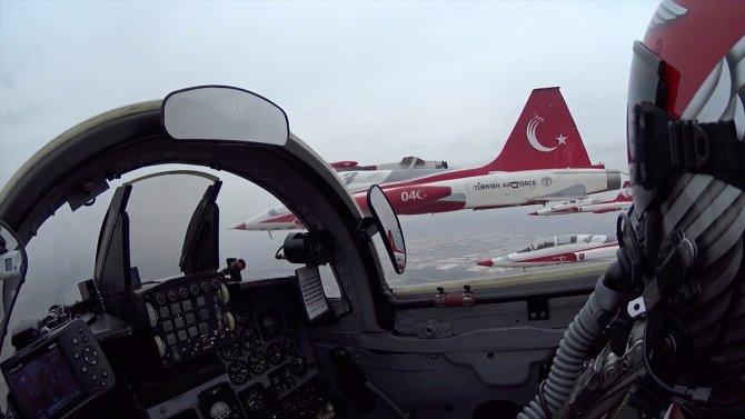 turk-yildizlarindan-2.jpg