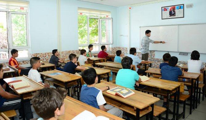 turkiye'ye-ornek-yaz-okulu-9.jpg